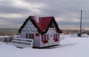 Santa's House at Rehoboth Beach , DE